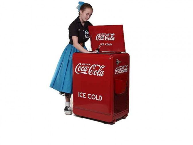 Westinghouse Vendo Junior Coke Machine (kyl)