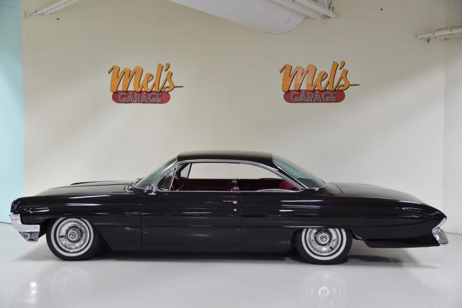 Oldsmobile Super 88 2-dr Holiday Coupe 1961-SÅLD!