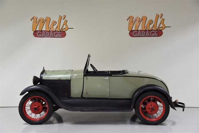 Ford Model A De Luxe Roadster 1931-SÅLD!