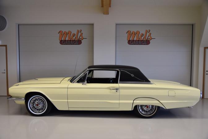 Ford Thunderbird Town Landau 1966-SÅLD!