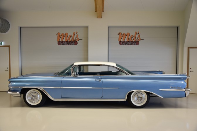 Oldsmobile 98 Ninety Eight Holiday two-door hardtop 1959-SÅLD!