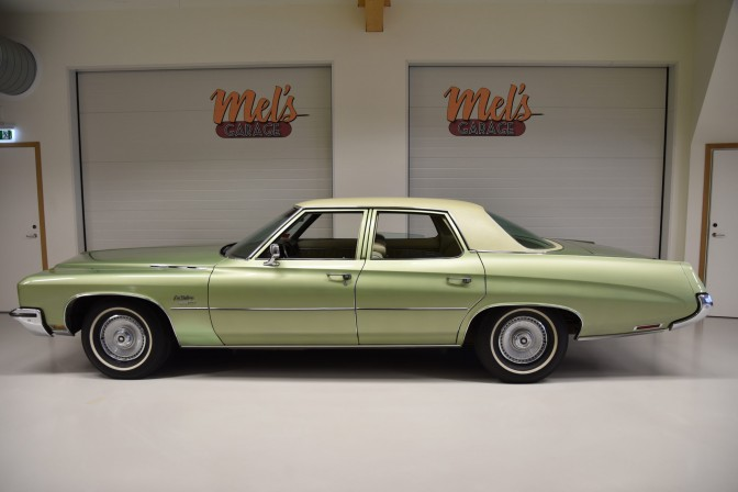 Buick LeSabre Custom 4-dr Sedan 1972-SÅLD!
