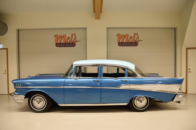 Chevrolet Bel Air 4-dr Sedan 1957-SÅLD!