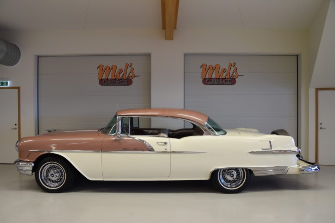 Pontiac Star Chief Custom Catalina 2-dr ht 1956-SÅLD!