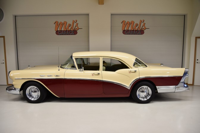 Buick Special Series 40 4-dr Sedan 1957-SÅLD!