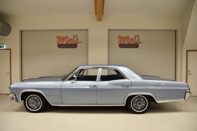 Chevrolet Impala 4-dr Sedan 1965-SÅLD!
