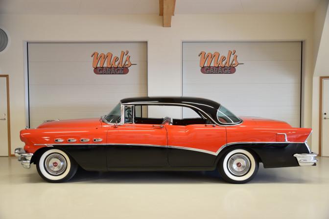 Buick Roadmaster Riviera 4-dr ht 1956-SÅLD!
