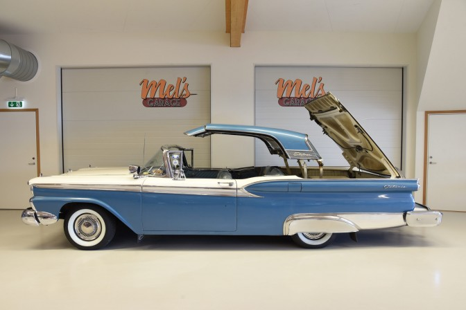 Ford Galaxie Skyliner 2dr Retractable Hardtop 1959-SÅLD!