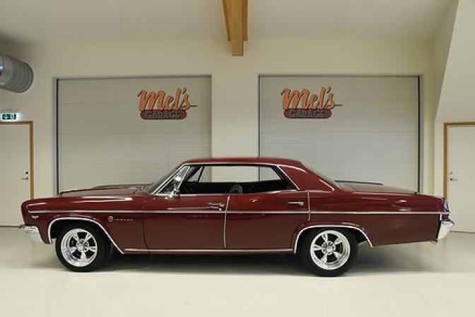 Chevrolet Impala 4-dr HT 1966-SÅLD!