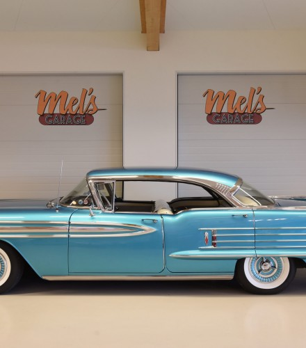 Oldsmobile Super 88 Holiday Four-Door Hardtop 1958-SÅLD!