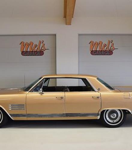 Buick Wildcat Four-Door Hardtop 1964
