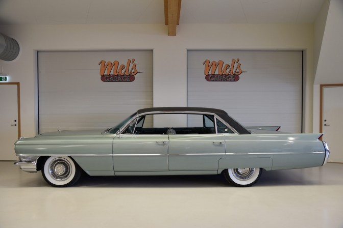 Cadillac Serie 62 DeVille 4-dr ht 6-Window 1964