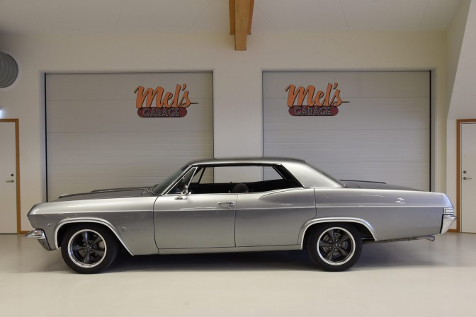 Chevrolet Impala 4-dr HT 1965-SÅLD!