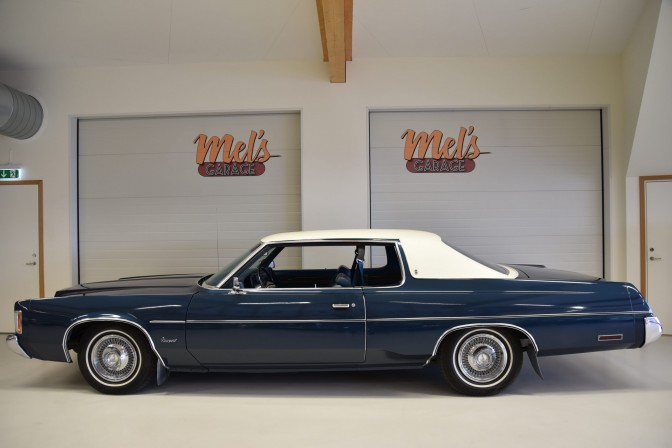 SÅLD! Chrysler Newport 2-dr HT Coupe 1974