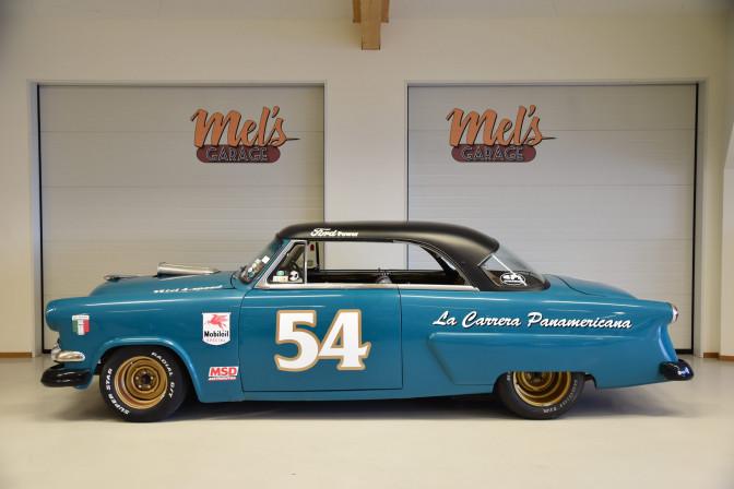 SÅLD! Ford Crestline Victoria 2-dr HT 1954