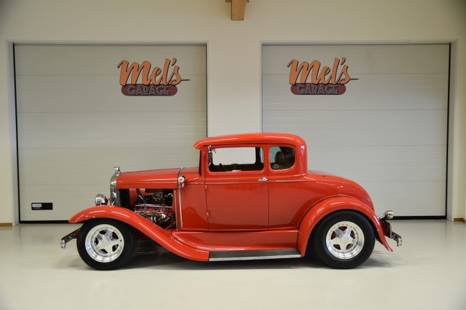 TILL SALU: Ford 5-Window Coupe 1930