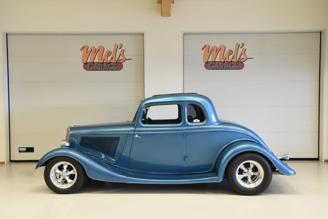 TILL SALU: Ford 5-Window Coupe 1934