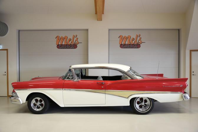 SÅLD! Ford Fairlane 500 Club Victoria 1958