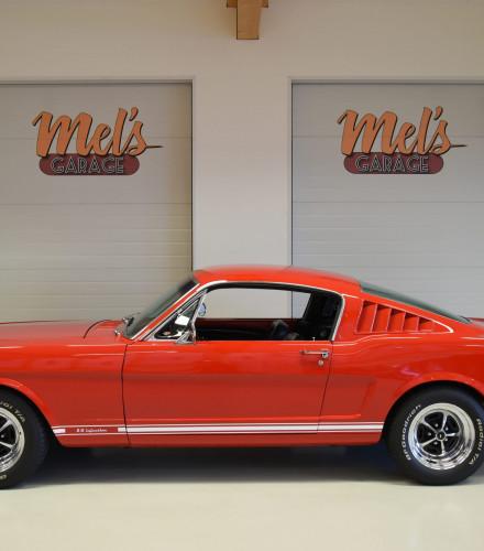 TILL SALU: Ford Mustang Fastback 1965