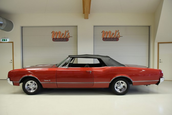 TILL SALU: Oldsmobile Dynamic 88 Convertible 1966
