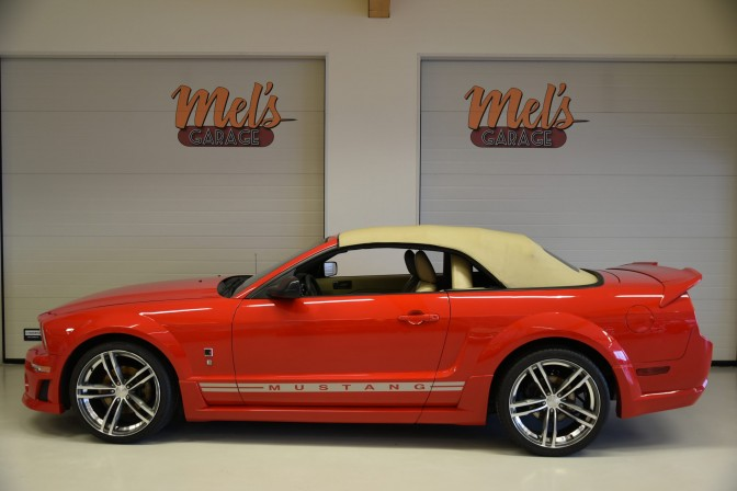 TILL SALU: Ford Mustang GT Convertible Roush Stage 1 2006