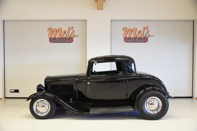 SÅLD! Ford 3-w Coupe 1932, Brookville plåtkaross
