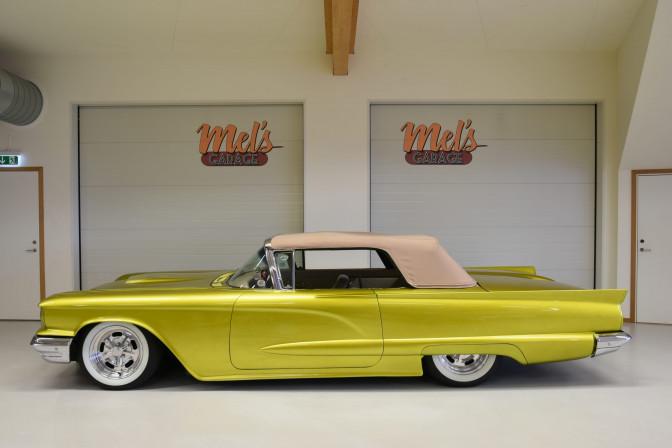TILL SALU: Ford Thunderbird Convertible Custom 1959