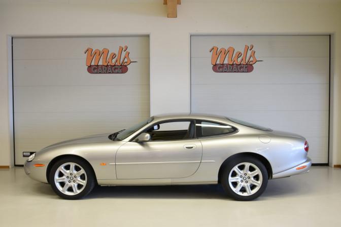 SÅLD! Jaguar XK8 Coupe 1999