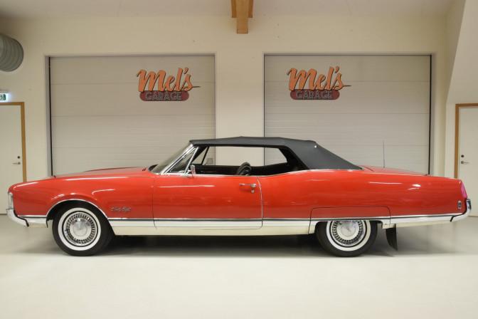 TILL SALU: Oldsmobile 98 Ninety-Eight Convertible 1968